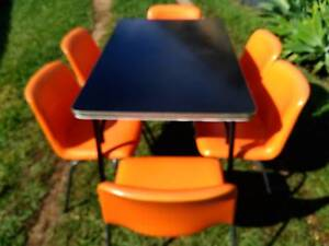 Retro 1970's Laminex dining table and 6 vinyl covered chairs Strathpine Pine Rivers Area Preview