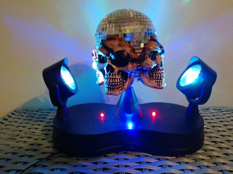 Party Pirate Skull Mirror Ball Halloween Birthday Special Effects Rare HTF