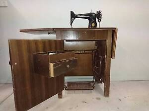 Singer treadle sewing machine Barwon Heads Outer Geelong Preview