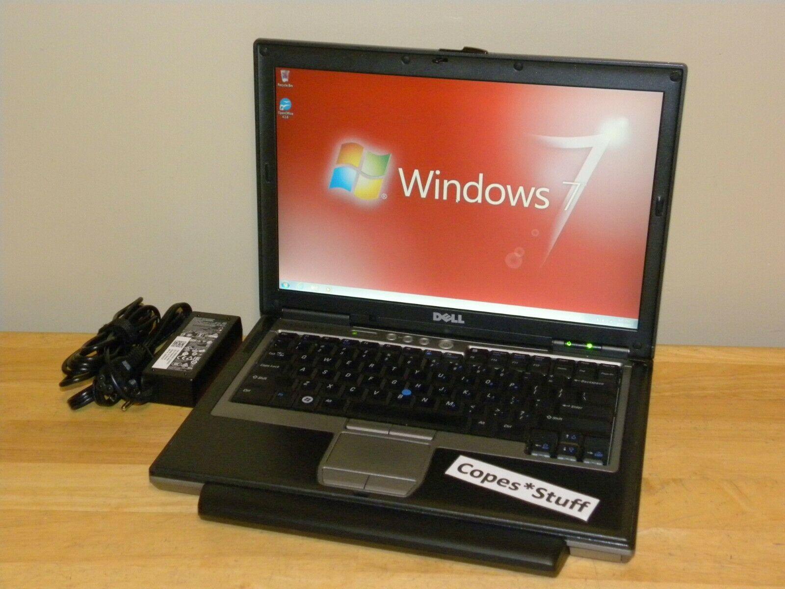 Laptop Windows - Dell Latitude D630 Core 2 Duo 160GB 4GB Windows 7 ~ NEW 9-Cell Extended Battery