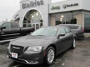 2016 Chrysler 300 Touring   BACK UP CAM   SUNROOF   HEATED SEATS