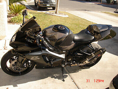07 08 2007 2008 SUZUKI GSXR 1000 CARBON FIBER BELLY PAN NOSE AND TAIL CENTER KIT
