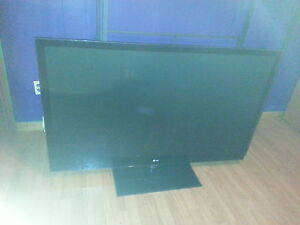 """LG 60"""" PLASMA TV - requires part listed in ad"""