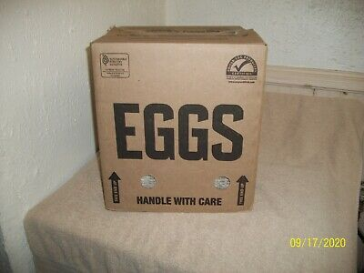 Bt Egg Box W 34 Egg Crates Flats Trays Holds 30 Eggs From Estate Storage Units