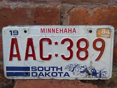 Original American Car Licence Plate SOUTH DAKOTA AAC * 389 MINNEHAHA 1984