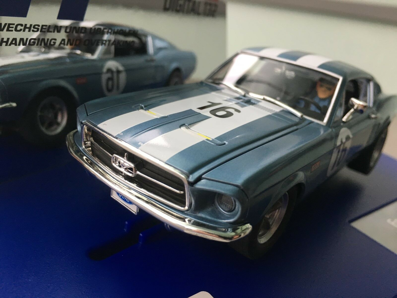 carrera digital 132 30758 ford mustang gt no 16 licht. Black Bedroom Furniture Sets. Home Design Ideas