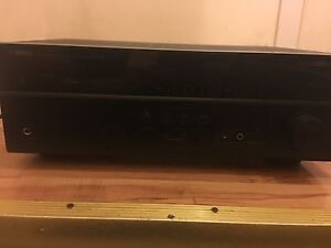 Yamah amp for *SALE* broken NEED GONE TODAY !