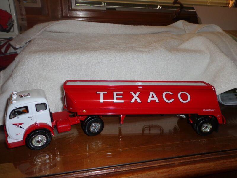 Vintage 1953 Texaco 5000 Gallon Aviation Refueler Limited Edition 1 of 750