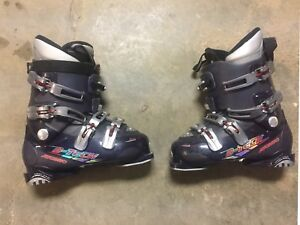 Atomic B-Tech 50 Ski boots. Size 8.5. 265
