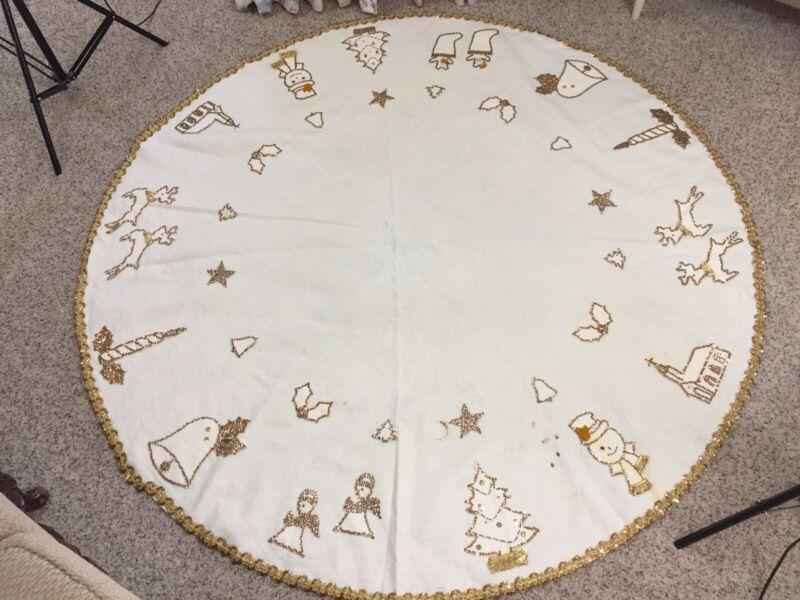 "Vintage Bucilla Cream Ecru Felt Christmas Tree Skirt Gold Sequins 63"" Diameter"