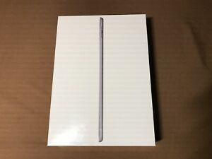 "New Unopened 32gb Wifi 6th Generation iPad 9.7"" Space Grey"