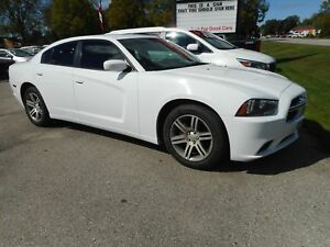 2014 Dodge Charger SXT! HEATED SEATS!