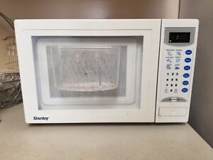 Microwave for sale $10 only