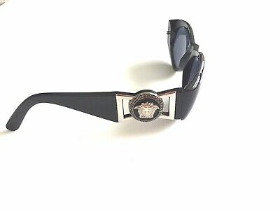 Gianni Versace Sunglasses Vintage 424 Col. Black / Gold