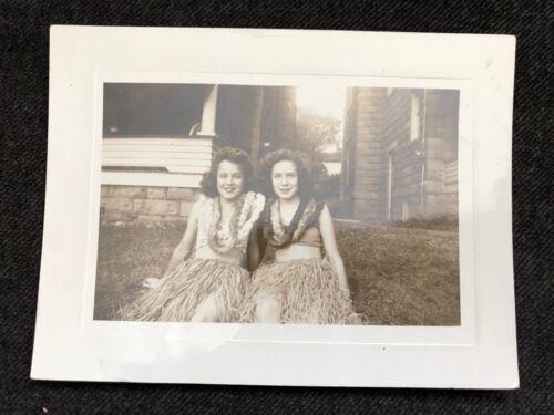 Vintage B/W REAL PHOTO Ladies HAWAIIAN HULA GIRLS Halloween Outfits Leis Shirts