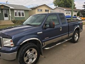 2005 Ford POWERSTROKE  will trade for a Subaru or standard car