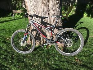 2007 Specialized Stumpjumper full suspension mountain bike