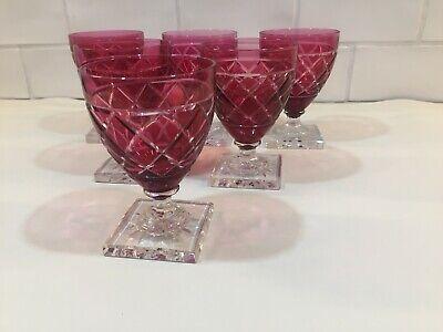 6 verres à vin en cristal GONDOLE rouge taille croisée.H: 105 mm Val St Lambert