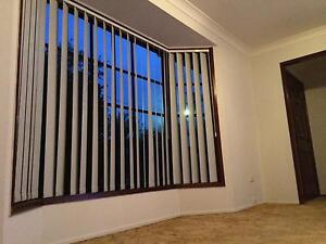 room available for rent only female Oxley Park Penrith Area Preview