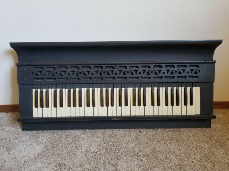 VINTAGE PIANO KEYS HANGING WALL ART SHELF REFURBISHED PIANO KEYBOARD