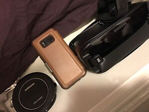 Galaxy s8 plus with Gear VR, 128GB SD Card and Wireless charger!