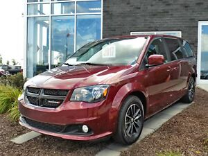 Dodge Grand Caravan SXT BLACKTOP 2017 DVD/NAVI