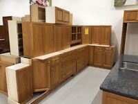 Large Oak Kitchen w Pantry and Island  St. Catharines Ontario Preview