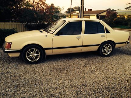 Vh commodore mint condition! Old Noarlunga Morphett Vale Area Preview