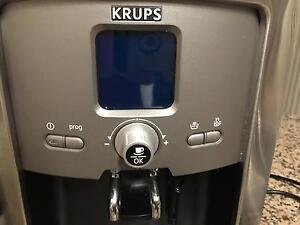 Krups XP7240 Automatic Coffee Machine- As New Condition Green Valley Liverpool Area Preview