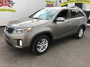 2014 Kia Sorento LX, Automatic, Heated Seats, Bluetooth, AWD