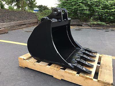 New 24 Heavy Duty Excavator Bucket For A John Deere 35d