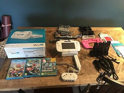 Nintendo Wii U 8GB - White (WUPSWAAB) Mario Kart, More Games and Controllers
