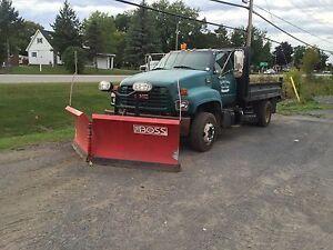 2001 GMC C6500 Low Pro Dump Truck & Plow