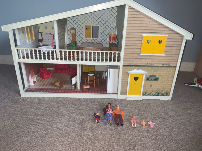 lundby dolls house Carolines home 1970s  With Furniture
