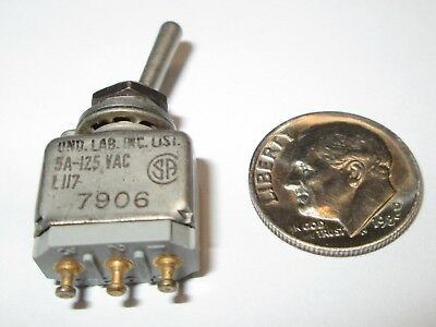 Micro Switchhoneywell Mil-spec Toggle Switch Spdt On - On Ms27716-26  Nos