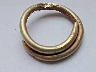 Celtic Britain Gold Ring Money 8th-3rd century BC.  2,57g / 18m. 1522