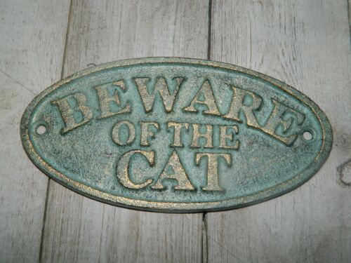"""""""BEWARE OF THE CAT"""" RUSTIC AGED BRASS FINISHED IRON WALL SIGN PLAQUE"""