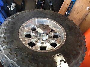 """Helo 16"""" Rims and tires Chevy/GMC 2500/3500"""