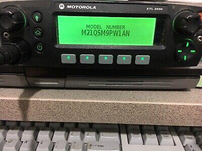 Motorola Xtl2500 Uhf R1 380-470mhz P25 Digital Radio M21qsm9pw1an Xtl