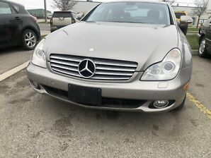 Mercedes Benz  CL500 Sedan. Automatic. Loaded.