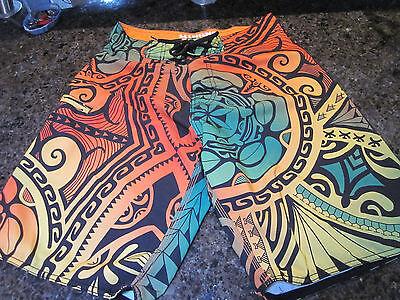 - Hinano Tahiti Stretch Island Life Embroidered Board Shorts 30