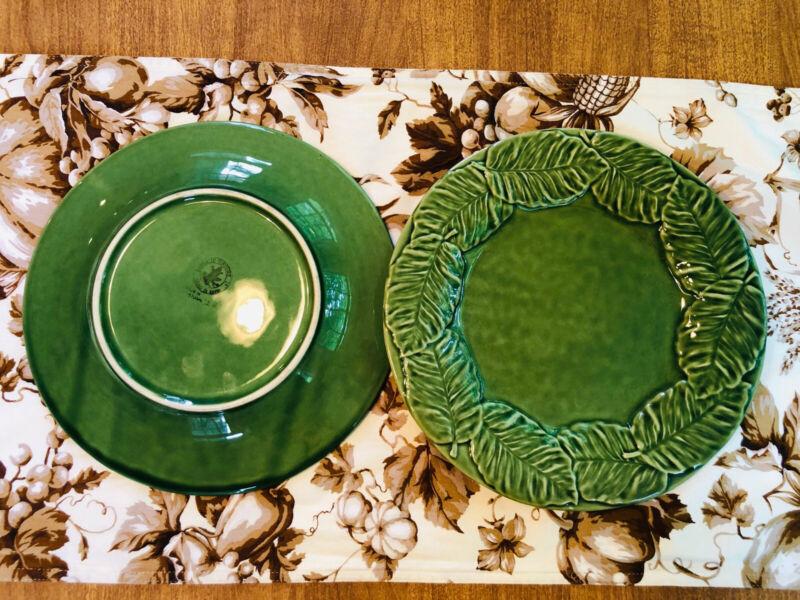 """2 Bordallo Pinheiro Green 10-1/4"""" Dinner Plates"""