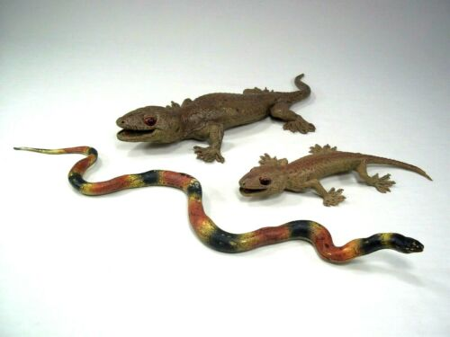Vintage AAA Realistic Lizard Coral Snake Reptile Figure Toy Lot Gecko Replica