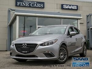 "2015 Mazda Mazda3 ""GS""  LOW KILOMETERS !! BACK-UP CAMERA"