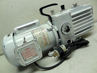 Lh Leybold Heraeus Trivac D4a Dual Stage Rotary Vane Vacuum Pump W Ge 13 Hp Mtr