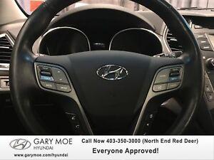 2013 Hyundai Santa Fe SE 2.0T w/ back up cam/leather