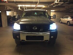 2004 Nissan Titan fully loaded