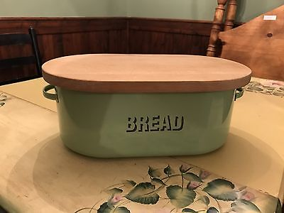 Bread Box With Removable Cutting Board
