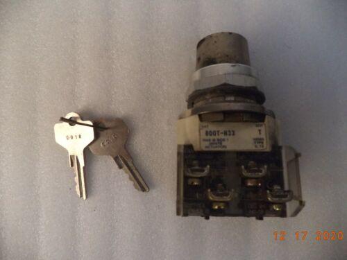 Allen Bradley, Key Select Switch, With 2 Keys, p/n 800T-H33