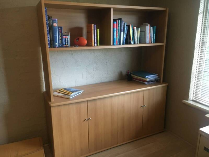 Ikea Credenza With Hutch : Office furniture ikea credenza and hutch desks gumtree
